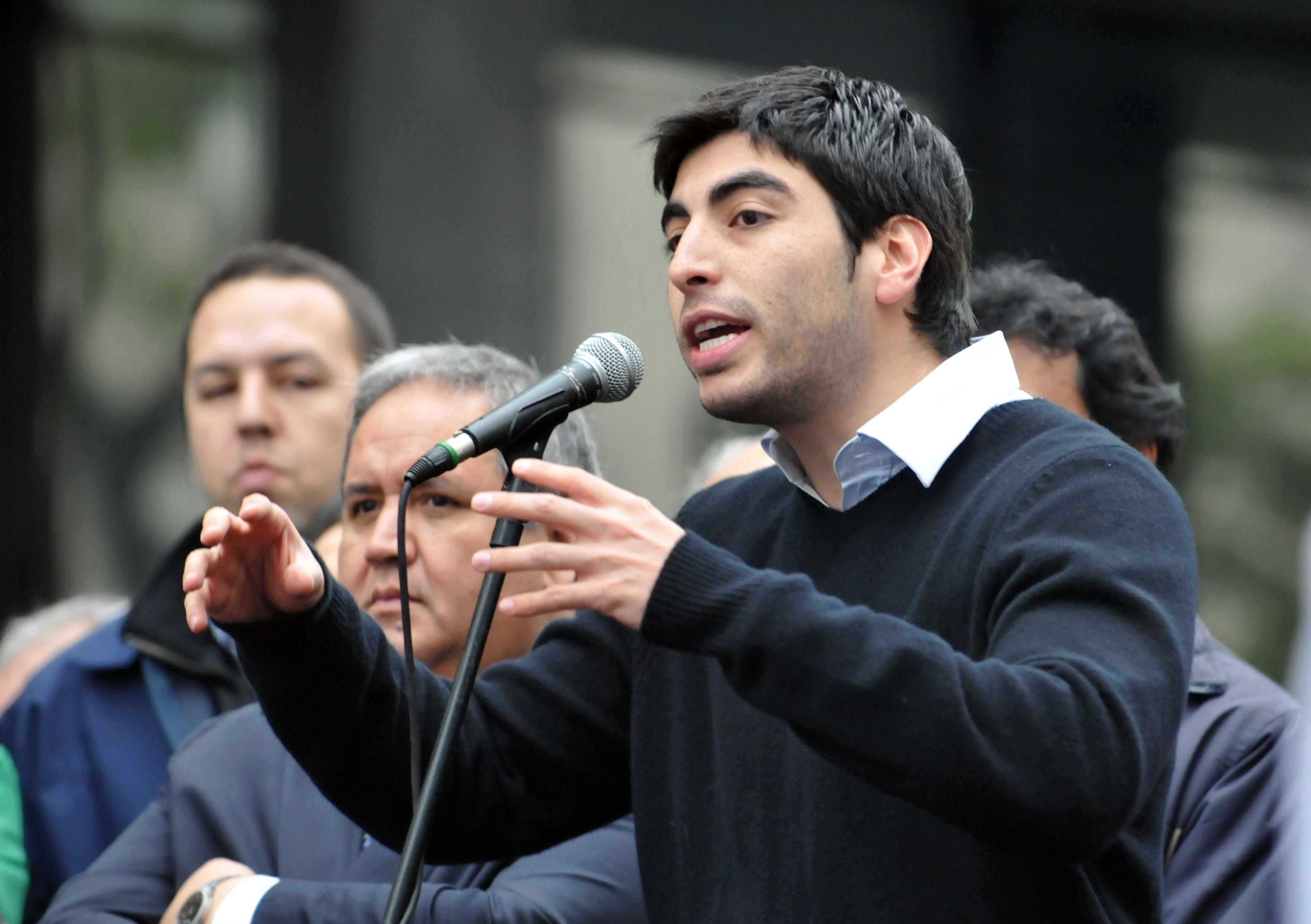Facundo Moyano salió en defensa de Solá