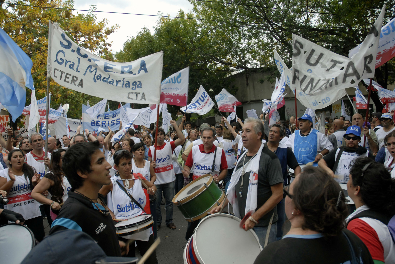 Vuelve el conflicto docente a Provincia?