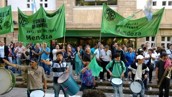 Estatales de Mendoza pararán por 72 horas