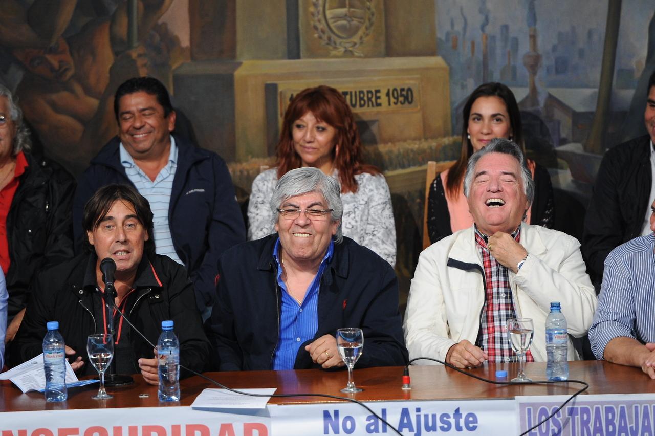 Moyano, Barrionuevo y Micheli marchan a la ANSES