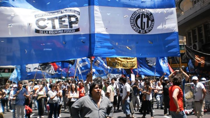 Cooperativistas marchan a La Plata