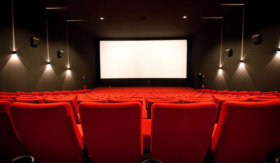 Fracasó la mediación y sigue el paro en los cines