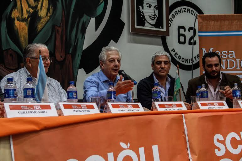 Scioli busca el apoyo de gremios bonaerenses