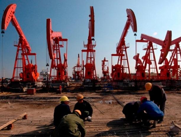 Preocupación entre los petroleros por despidos
