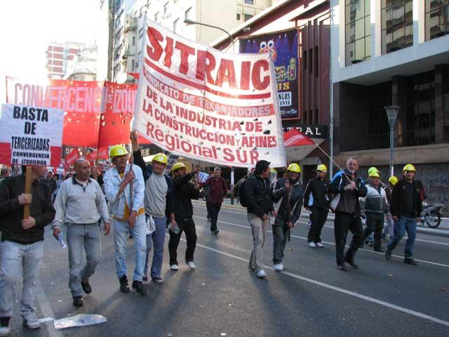 El SITRAIC marcha contra las patotas de la UOCRA