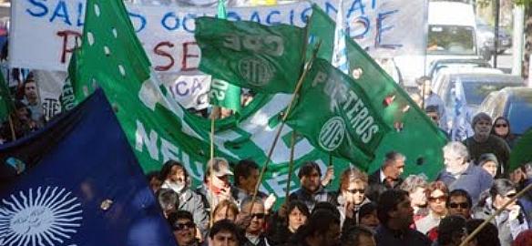 Estatales: Neuquén ofreció 30% y clausula gatillo