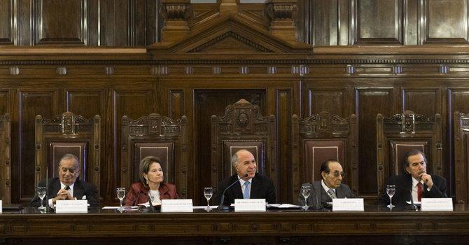 La Corte pidió fondos para pagar a judiciales