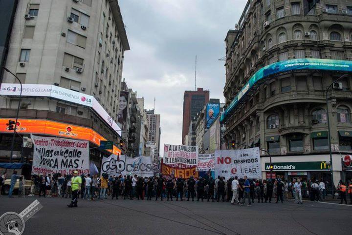 Protesta en la cámara de comercio norteamericana