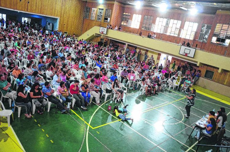 Neuquén: docentes acordaron 30% por 6 meses