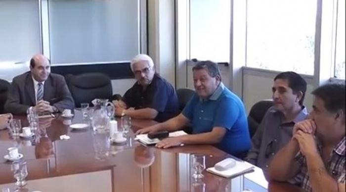 San Juan: Estatales acordaron 32,5% y suma fija