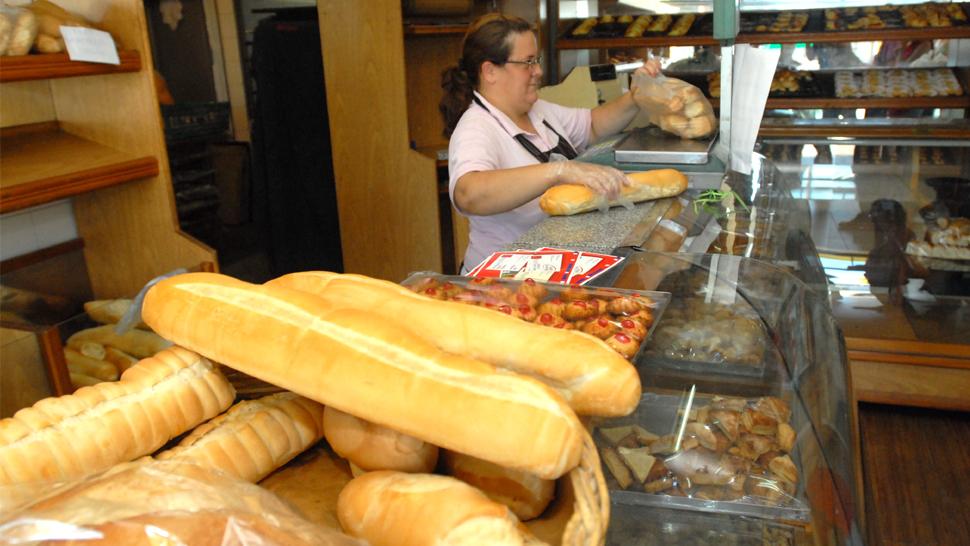 Panaderos acordó 35% en las paritarias bonaerenses