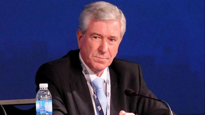 La UIA pide paritarias pro decreto
