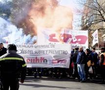 Metrodelegados marcharon para pedir la personería