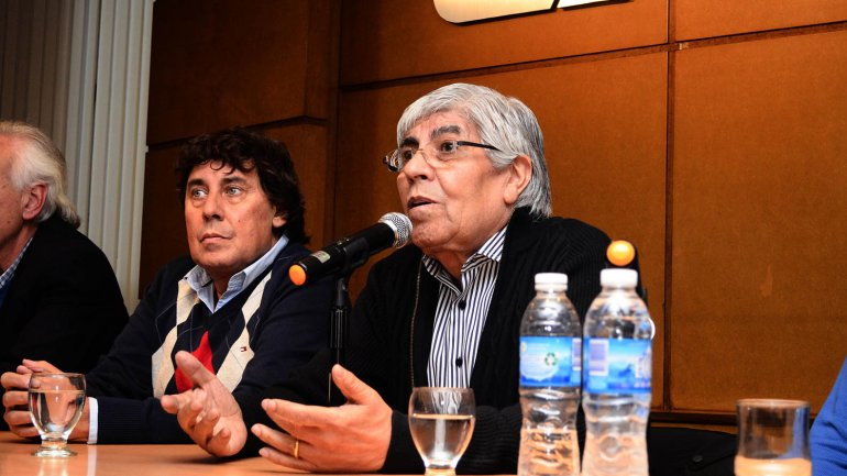 Moyano y Micheli juntos contra el Salario Mínimo