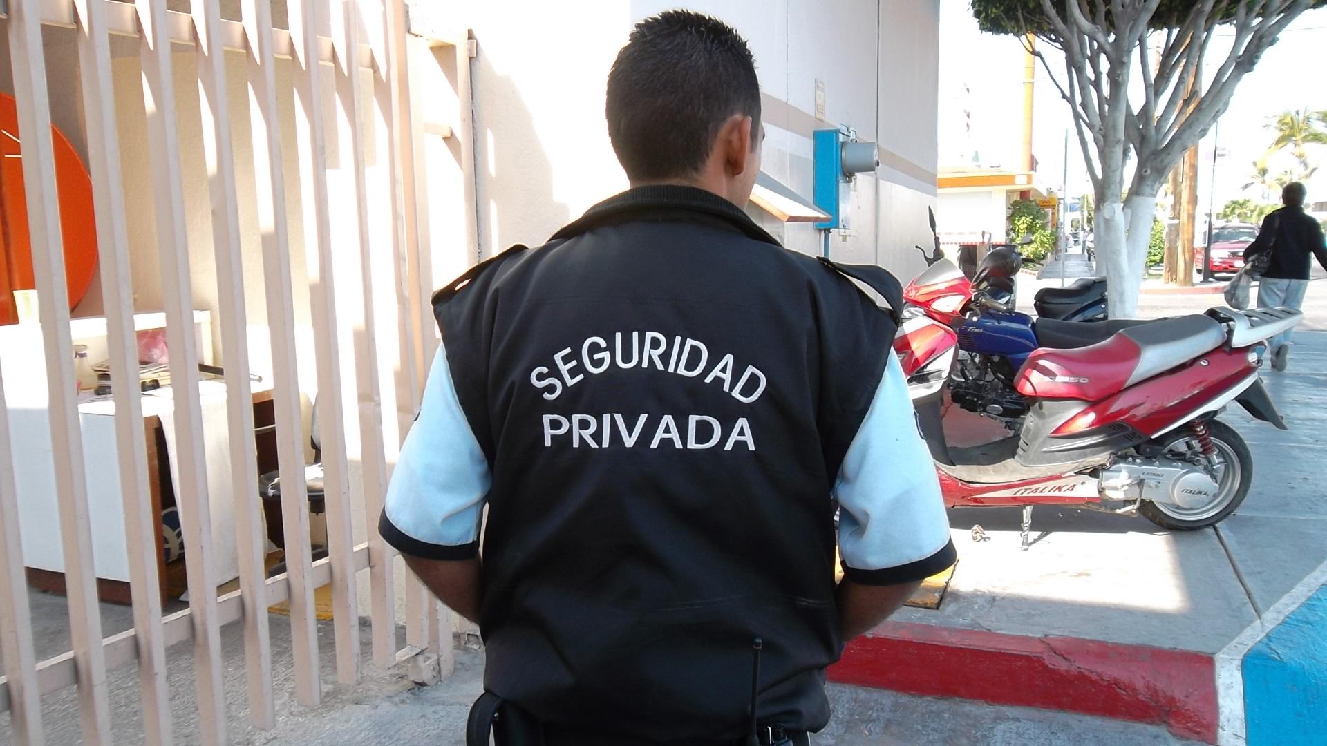 Empleados de seguridad privada acordaron 33%
