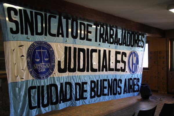 Reclamo a Macri de los judiciales porteños