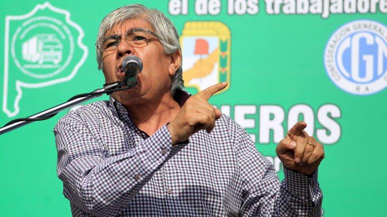 Moyano dice que va a ayudar al próximo presidente