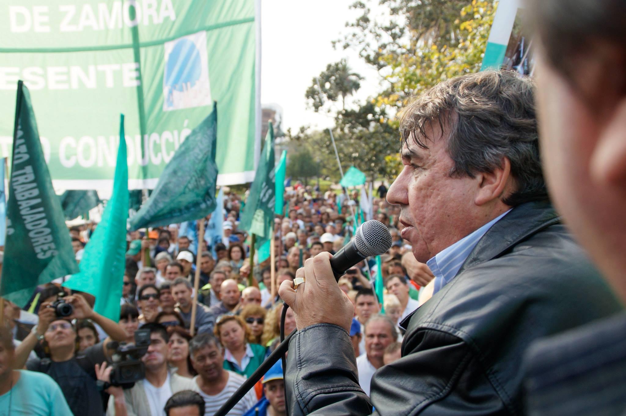 Rebelión municipal contra Vidal