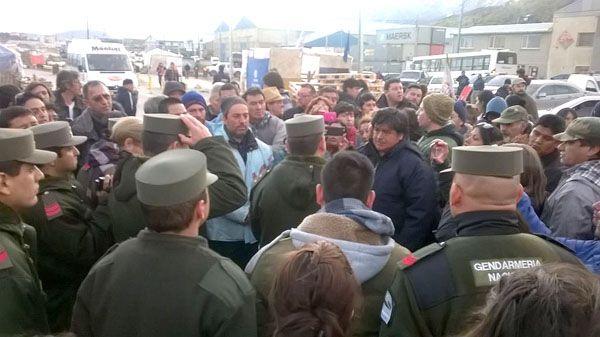 Gremios denuncian militarización de Tierra del Fuego