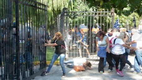 Trabajadoras reprimidas el Día de la mujer