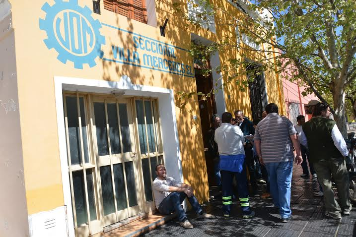 Despiden a 40 metalúrgicos y la UOM insiste en detener la apertura de importaciones