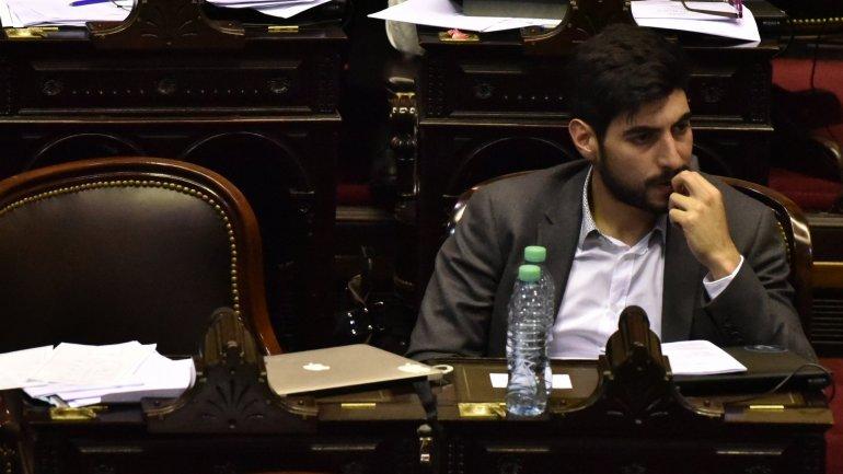 Interna en el massismo por ley anti-despidos