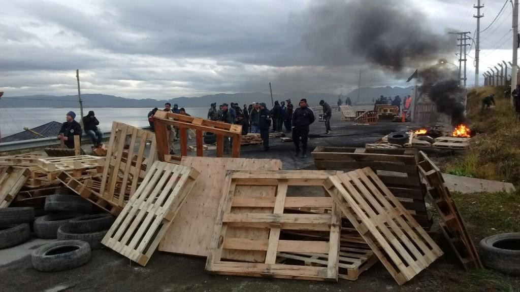 Cumple 44 días el paro de estatales y Tierra del Fuego es un hervidero