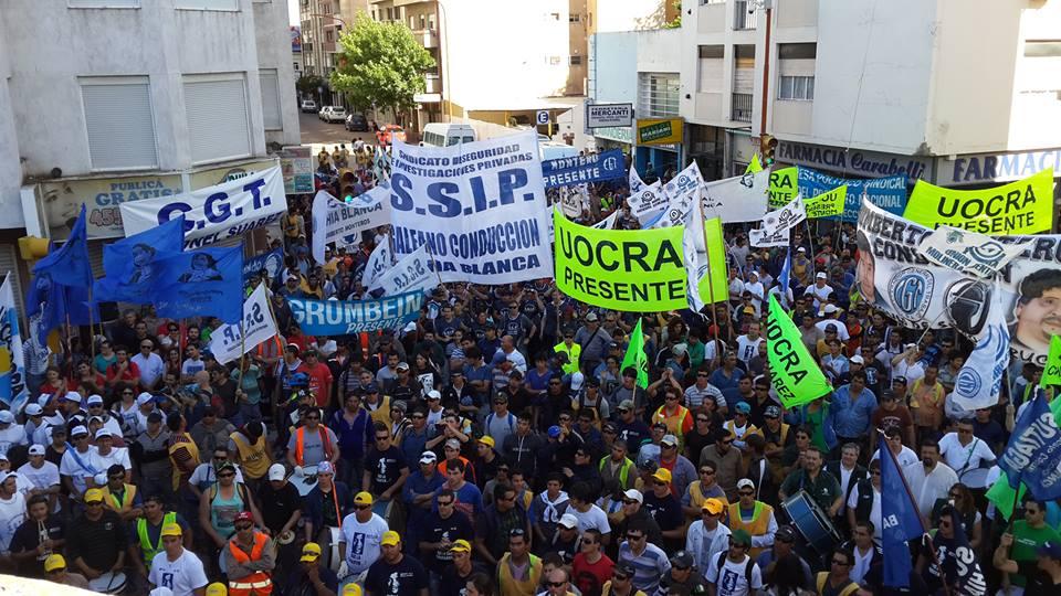 La CGT Bahía Blanca pide unirse para luchar contra el veto de Macri