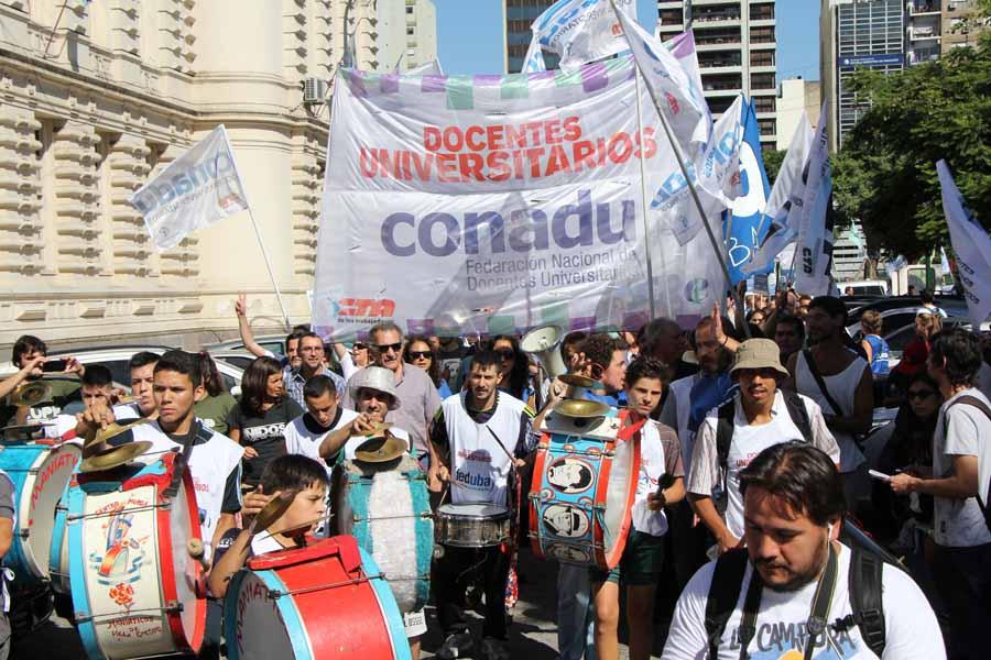 Tras 15 años, todos los gremios universitarios se unen en defensa de la educación pública