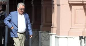 Barrionuevo blanquea su apoyo a Macri y apuesta a quebrar la unidad sindical