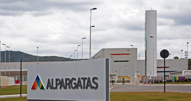 San Luis: cierre y despidos en Alpargatas