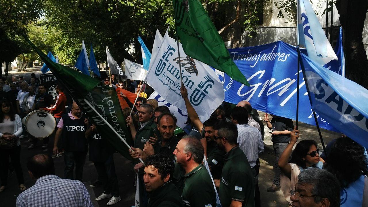 La unificación sindical en Mendoza podría encabezar la oposición política