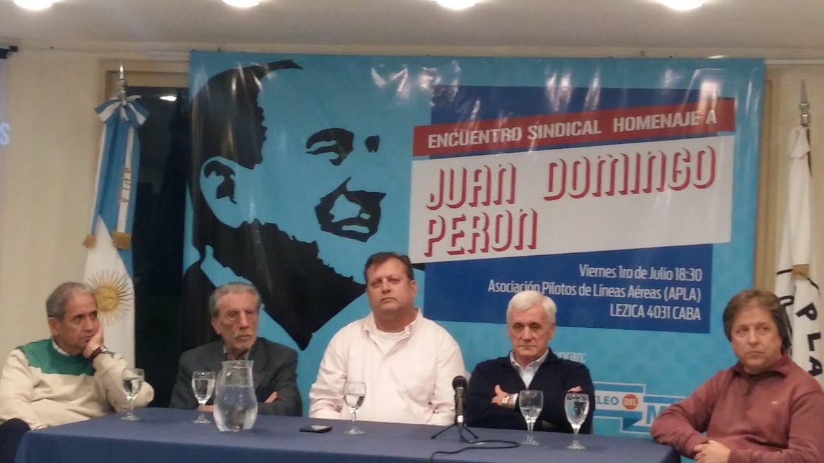 Homenajearon a Perón y pidieron un paro general