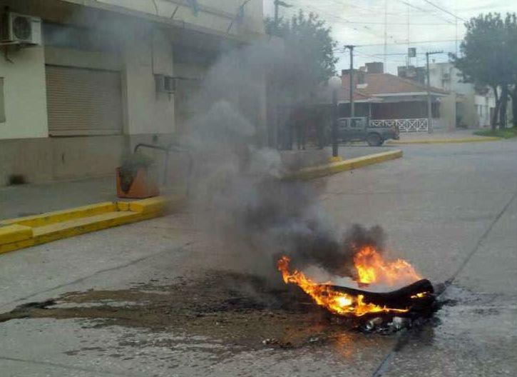 Repudio de Festram por 30 despidos en Arrufo