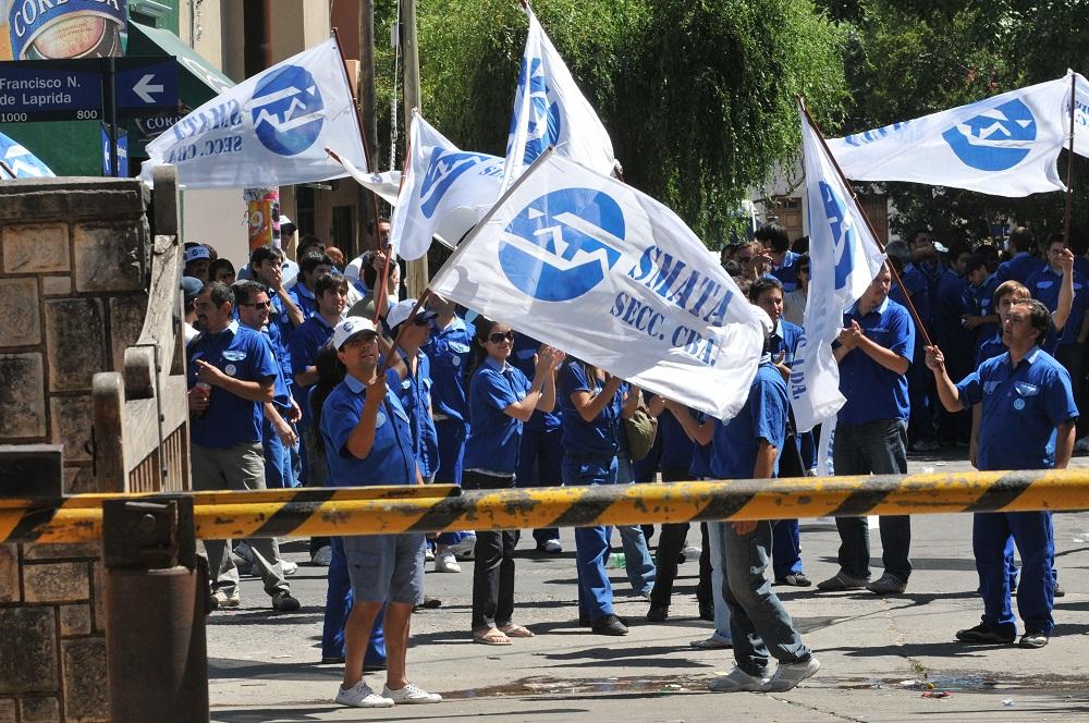 Iveco anunció despidos masivos pero Smata confía en contener la situación