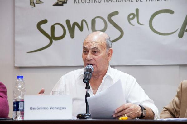 Moneda de cambio: el gobierno formalizó la entrega del Renatre a Venegas