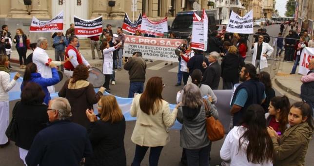 Médicos de Corrientes denuncian sueldos de miseria