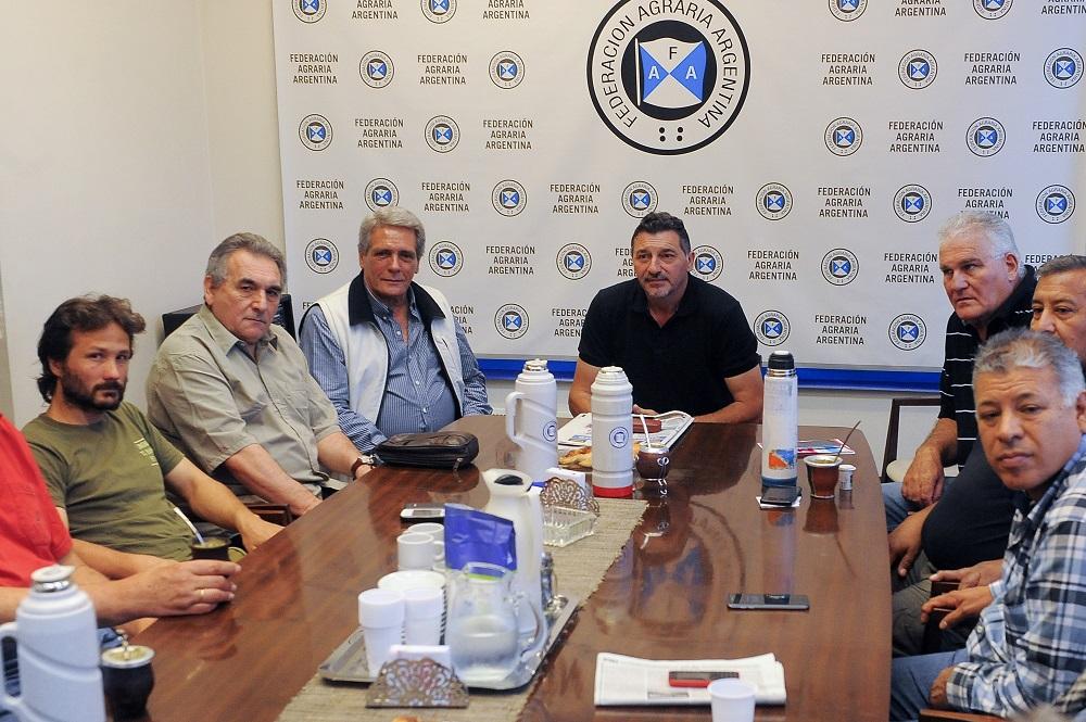 La CGT y los movimientos sociales buscan sumar a los ruralistas a la movilización del 18N