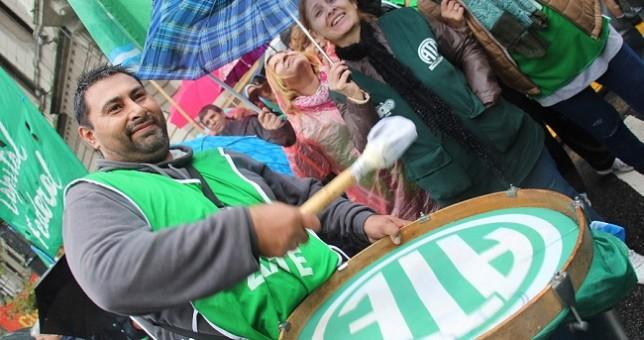 Molesto por la oferta de 3,6% de Vidal, ATE vuelve al conflicto