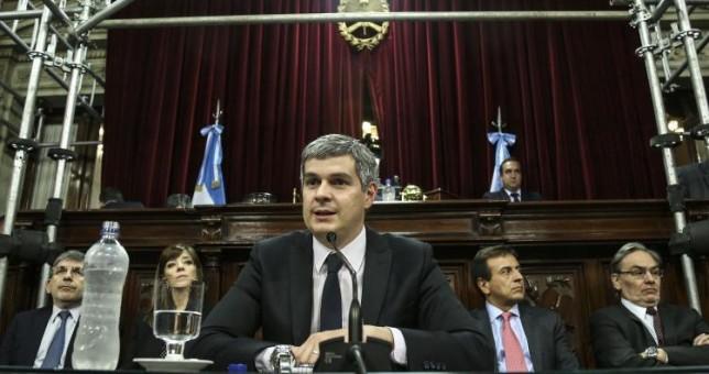 """Ahora Peña reconoce que los salarios """"han caído"""""""