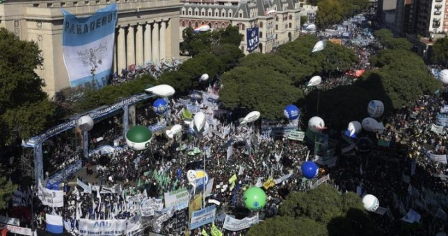 La CGT y los movimientos sociales coparán el Congreso en demanda de la Emergencia Social