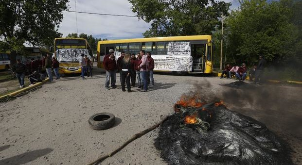 Choferes de La Plata denuncian condiciones de trabajo esclavo
