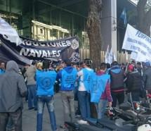 Schmid agita la CGT y denuncia un avance de las empresas sobre los convenios colectivos