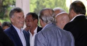 Macri ningunea a la CGT y busca reformar las ART por decreto