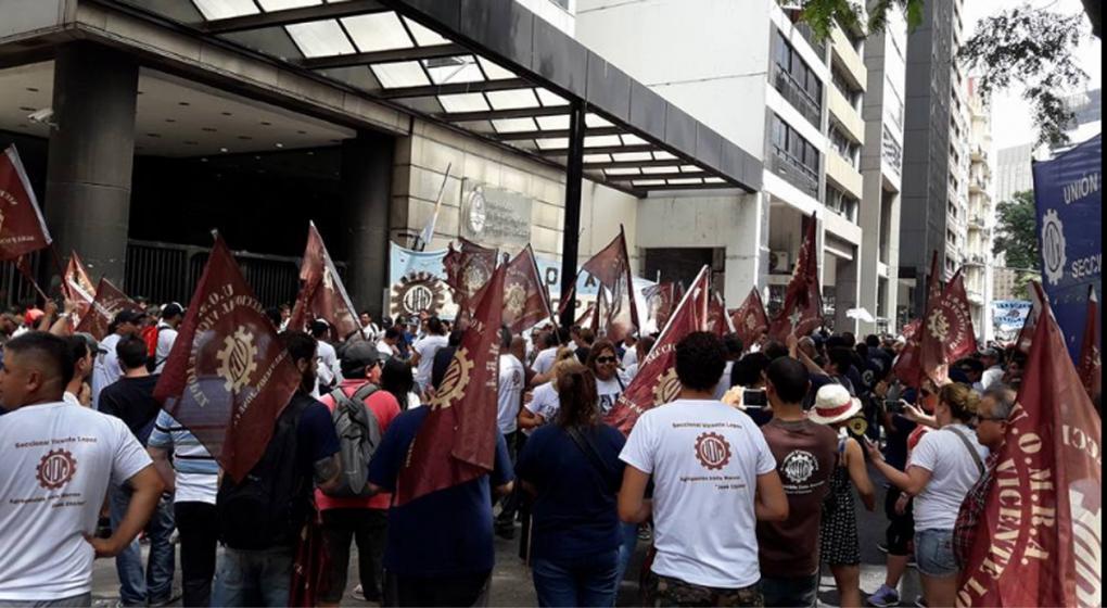 """La UOM empuja a la CGT y anunció una """"masiva movilización"""" para el 14 de febrero"""