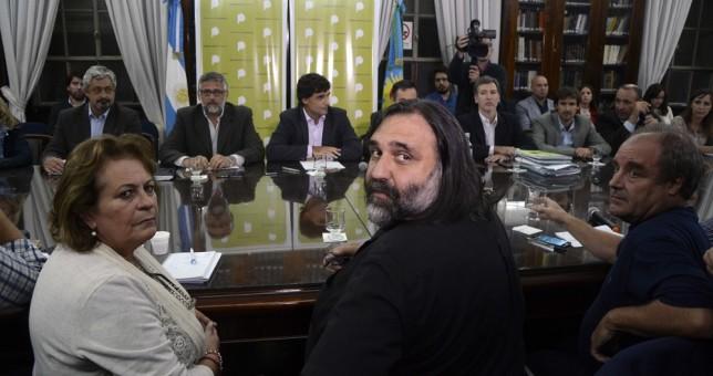 """Los docentes rechazaron la nueva oferta """"trianual"""" de Vidal"""