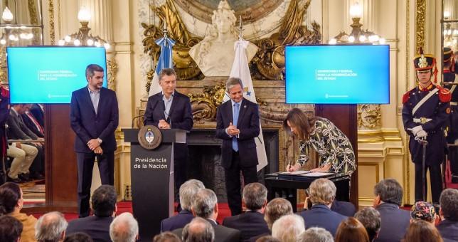"""Macri volvió a hablar de """"Estado aguantadero"""" y crecen los rumores de despidos"""