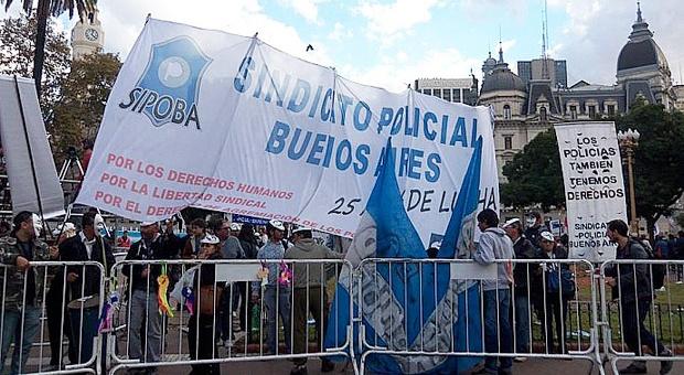 La Corte negó la sindicalización de policías