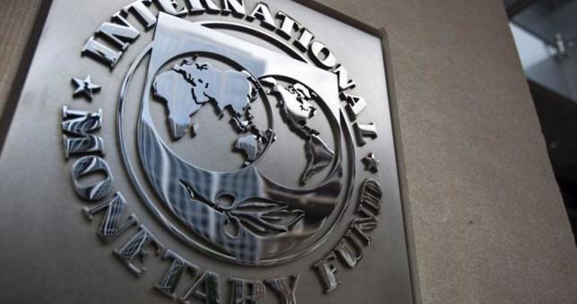 El FMI pronostica que este año los salarios volverán a perder contra la inflación