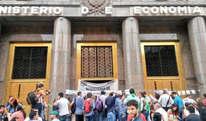 ATE denuncia salarios bajo la línea de pobreza en el Palacio de Hacienda